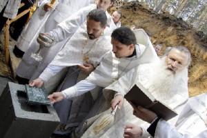 строительство храма во имя святителя Луки, закладка камня