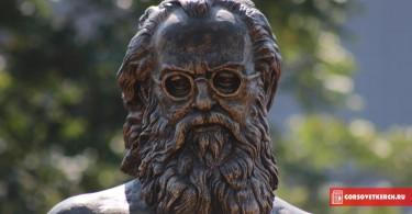 Памятник свт. Луке, Керчь, 3