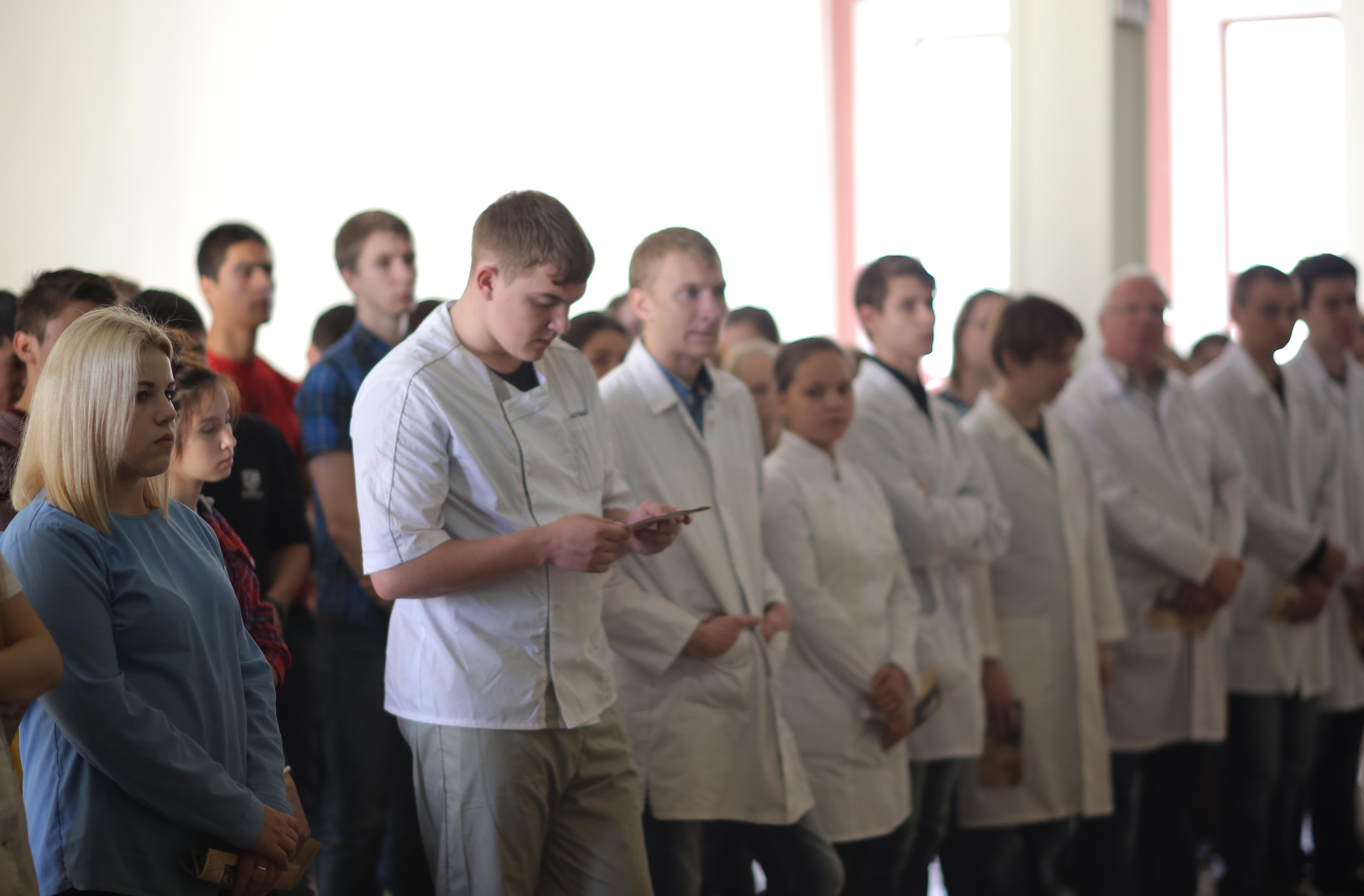 Святитель Лука в медицинском колледже