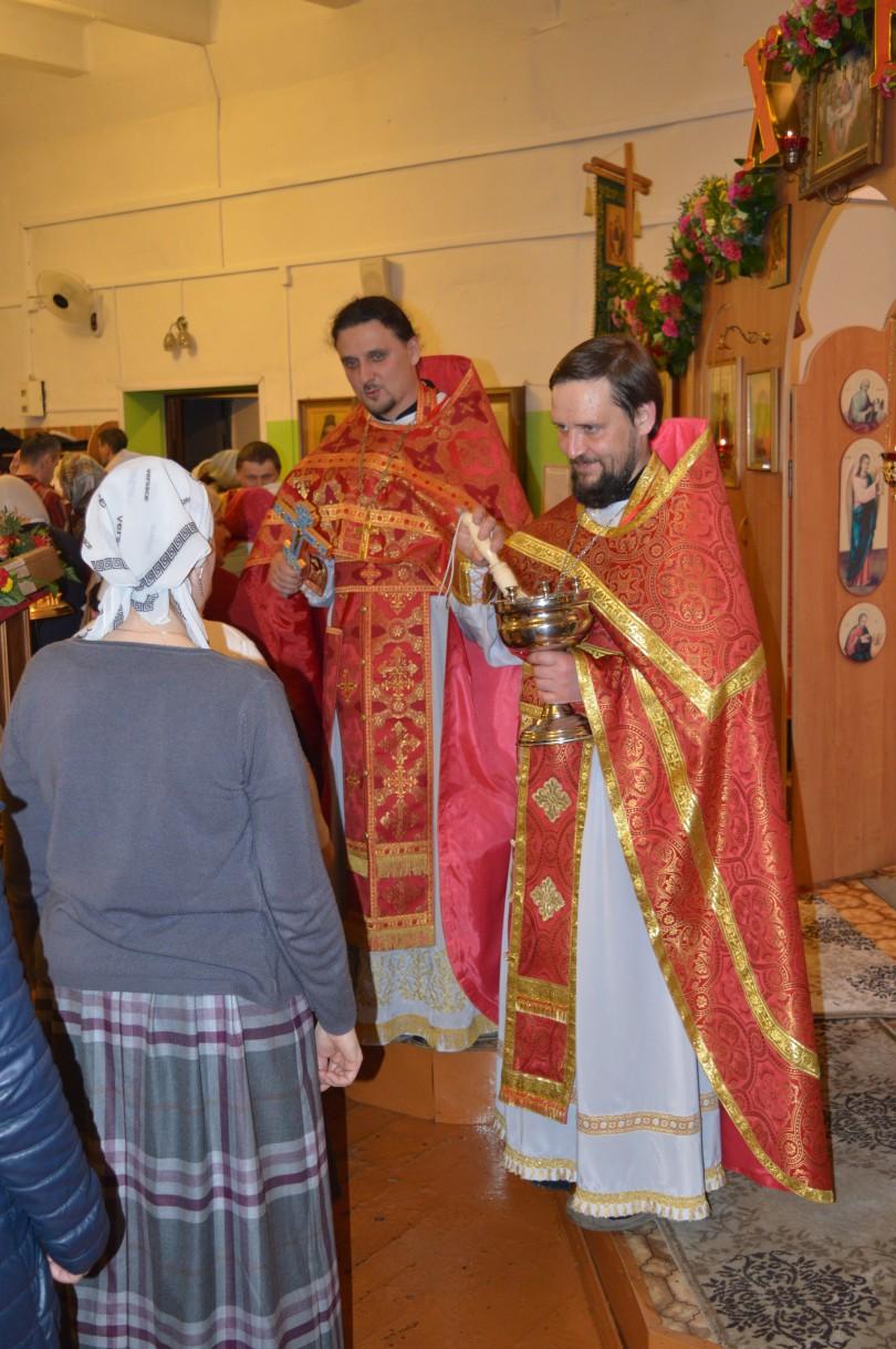 Храм святителя Луки Крымского. Пасхальное богослужение