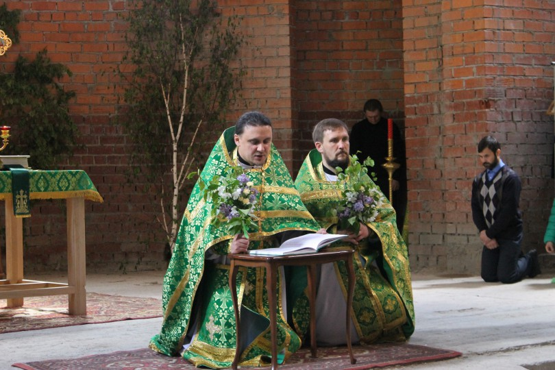 День Святой Троицы в храме святителя Луки