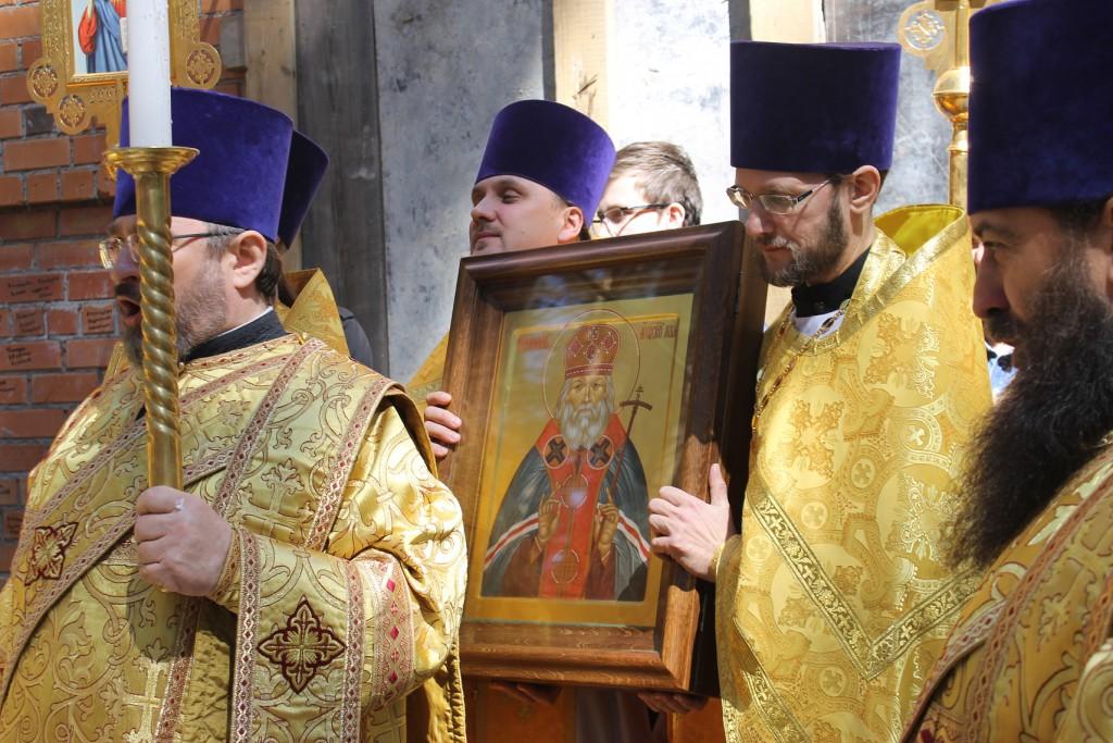 престольный праздник храма святителя Луки Крымского в Екатеринбурге