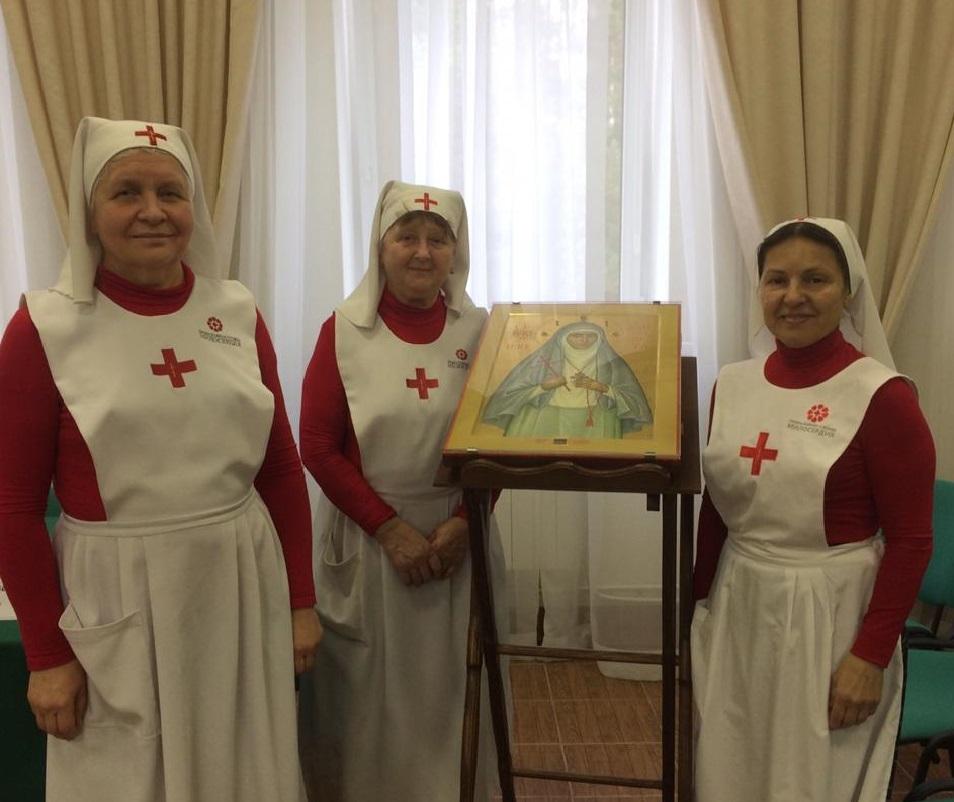 сестры милосердия храма святителя Луки