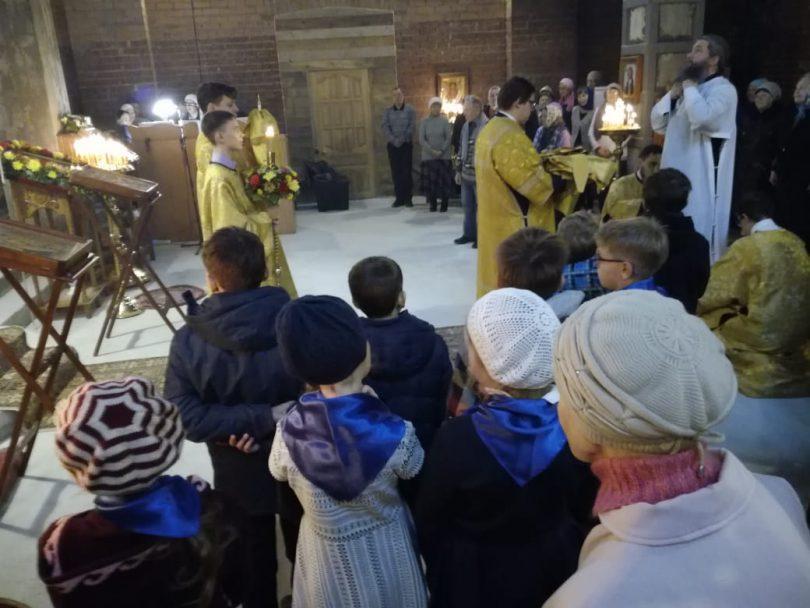 архиерейская служба в храме святителя Луки Крымского