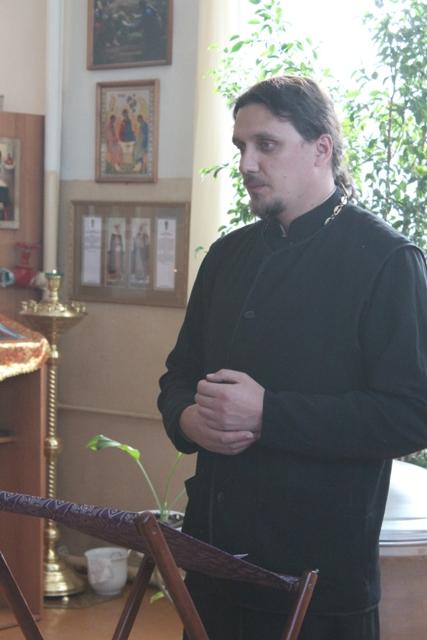 Настоятель храма свт. Луки священник Анатолий Куликов
