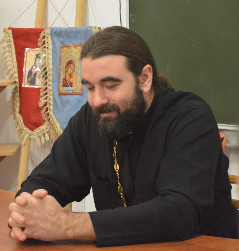 отец Димитрий Бажанов